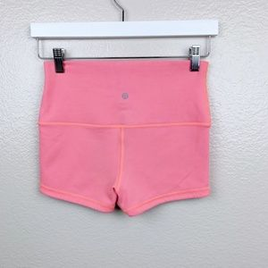 Lululemon Athletica Boogie Short Reversible Size 4